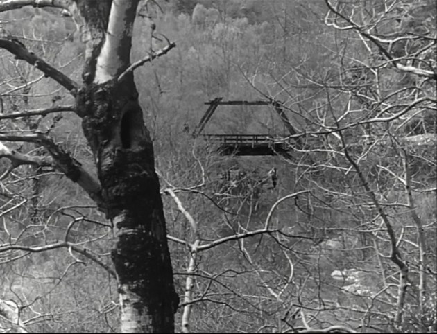 analysis of an occurrence at owl creek An occurrence at owl creek bridge has an enormous amount of semiotic analysis in the short film just in the beginning of the film we see this through the sign on the tree, the owl creek bridge itself and the driftwood.