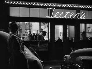 out of the past film noir essay Common in film noir are the binary oppositions between characters' personalities and the visually mesmerizing images which often explode on-screen before the eyes.